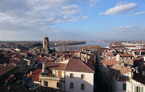 Vue des arènes sur Arles