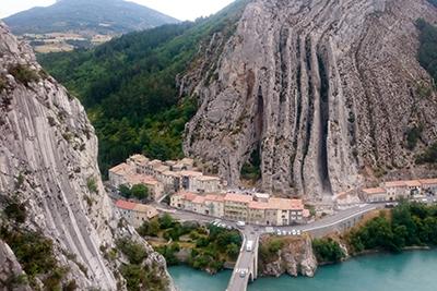 Le rocher de la Baume à Sisteron