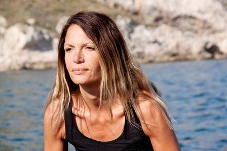sarah, propriétaire du studio de yoga KARMA à Aix