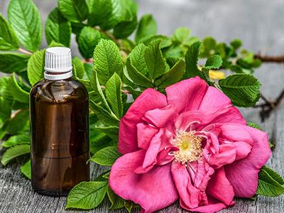 Le massage aux huiles essentielles