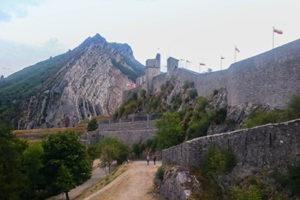 L'enceinte de la citadelle de Sisteron