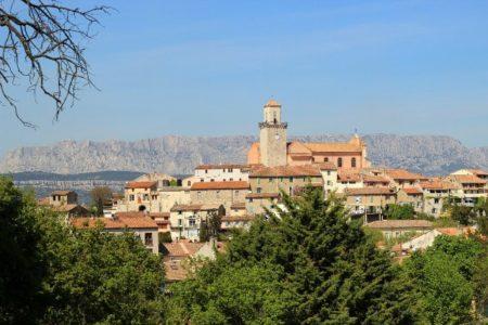 vue sur le village de Fuveau et la Ste Victoire