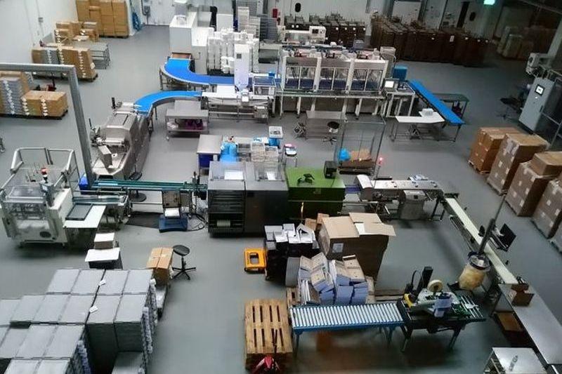 Musée Roy René , Atelier d'assemblage et d'emballage des calissons